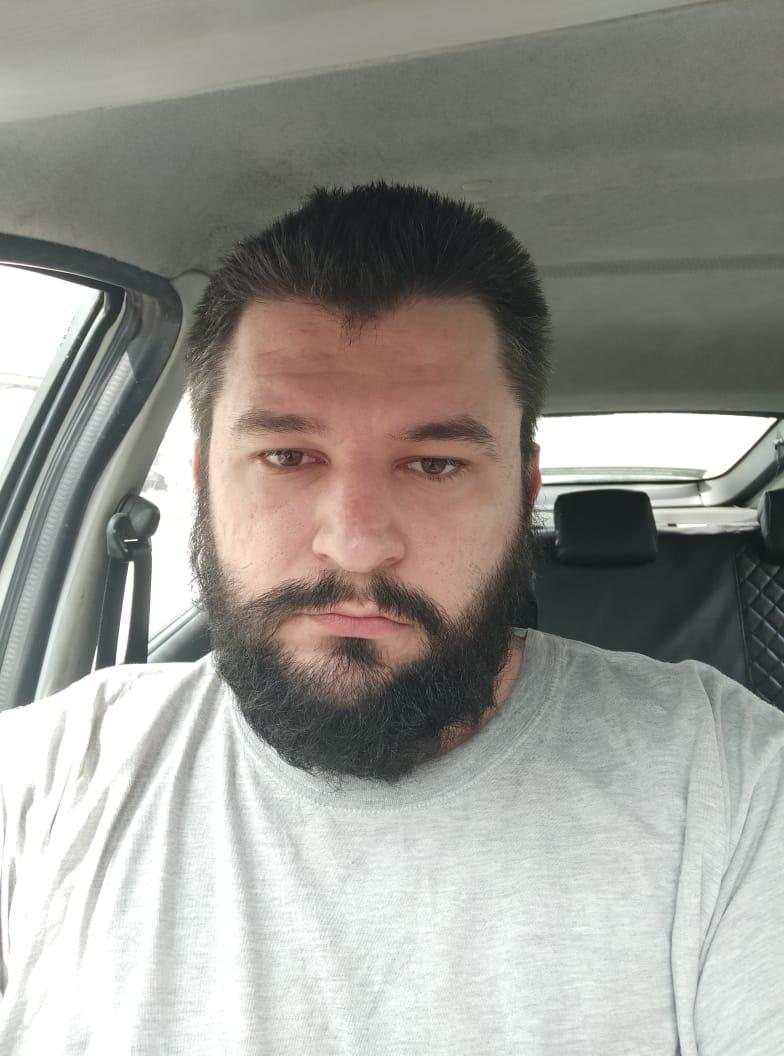 Михаил Иващенко